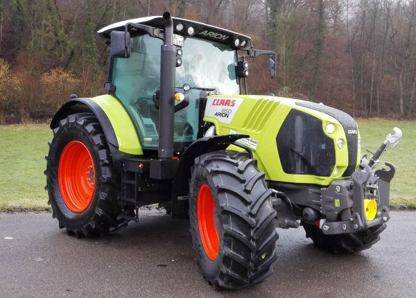 Schlepper Claas Arion 660 CEMATIC